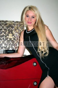 FLORA BLONDES ESCORT GIRL