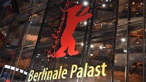 QUELLE: http://www.heute.de/eroeffnung-berlinale-filmfestspiele-live-42082118.html